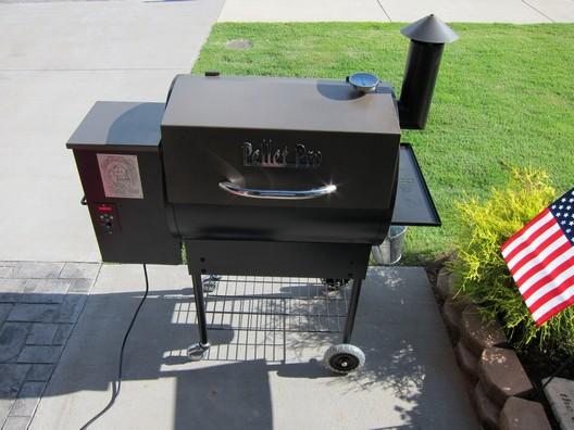 Smoke Daddy Pellet Pro Grill 1
