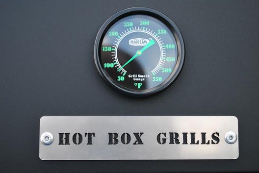 Hot Box Grill 4